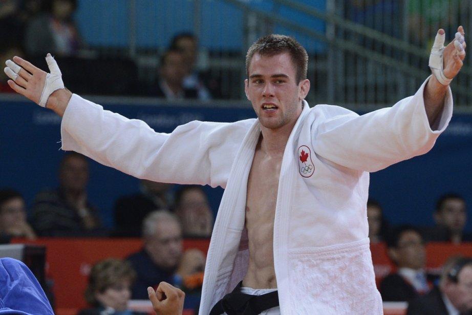 La médaille de bronze d'Antoine Valois-Fortier pourrait valoir... (PHOTO BERNARD BRAULT, LA PRESSE)
