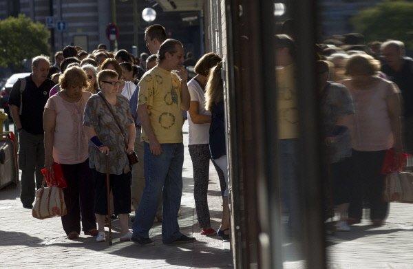 365 000 demandes d'allocations de chômage ont été déposées aux États-Unis du 21...