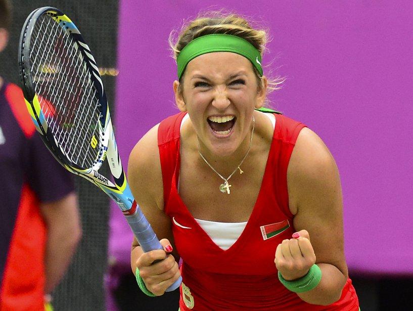 La Biélorusse Victoria Azarenka célèbre sa victoire contre l'Allemande Angelique Kerber. | 2 août 2012