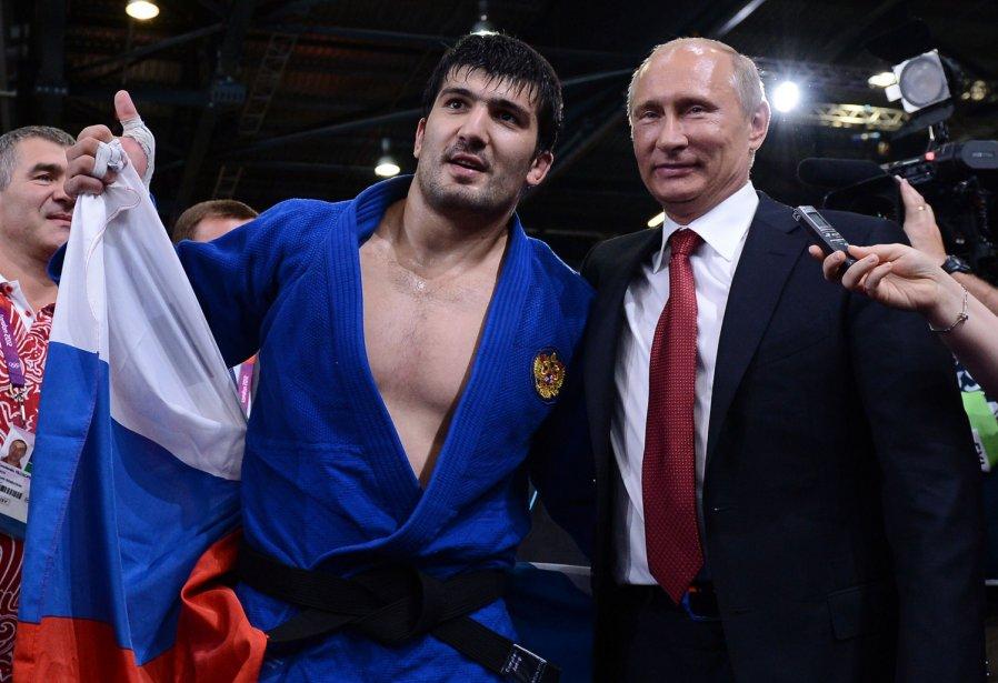 Le Russe Tagir Khaibulaev a été félicité par Vladimir Poutine après sa victoire au judo chez les moins de 100 kg. | 2 août 2012