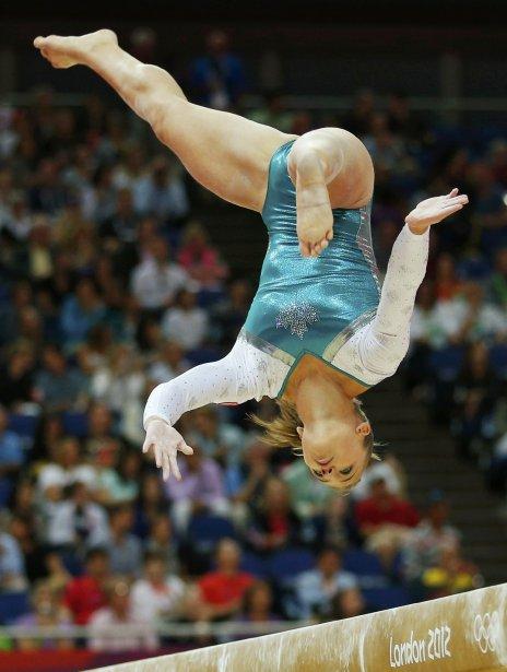 La Canadienne Dominique Pegg au concours général de gymnastique. | 2 août 2012