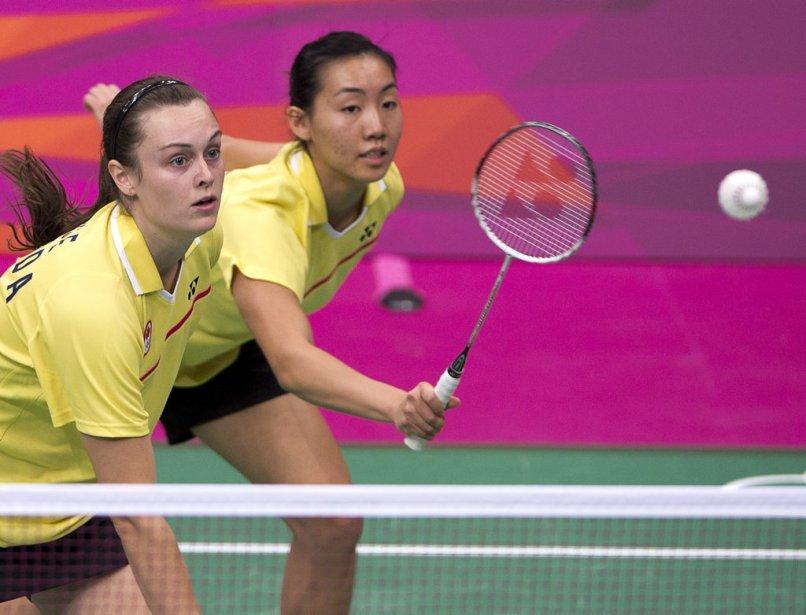 Les Canadiennes Alex Bruce et Michele Li se sont inclinées 12-21, 21-19 et 21-13, devant les Japonaises Mizuki Fujii et Reika Kakiwa, en demi-finale du tournoi de double féminin de badminton. | 2 août 2012