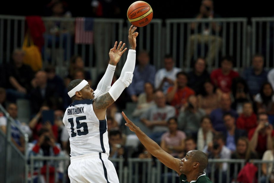 Carmelo Anthony a réussi 10 tirs de trois... (Photo: Reuters)