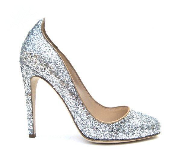 La vente de chaussures en ligne est un marché en pleine croissance qui attire...