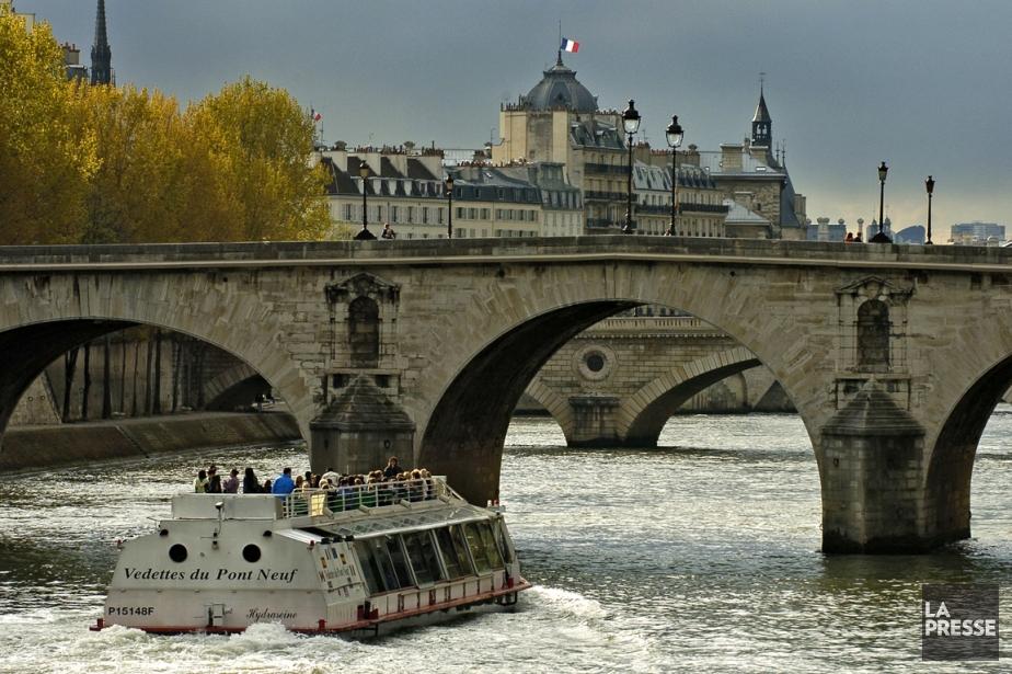 Parti du Pont des Arts à Paris en... (Photo d'archives Bernard Brault, La Presse)