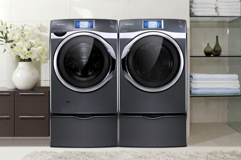 La laveuse et la sécheuse wi-fi de Samsung... (Photo fournie par Samsung Canada)