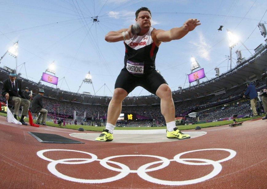 Le Canadien Dylan Armstrong s'est classé cinquième lors de la finale du lancer du poids. | 3 août 2012