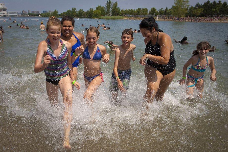 Des gens profitent de l'été au Parc Jean-Drapeau.... (Photo: André Pichette, archives La Presse)