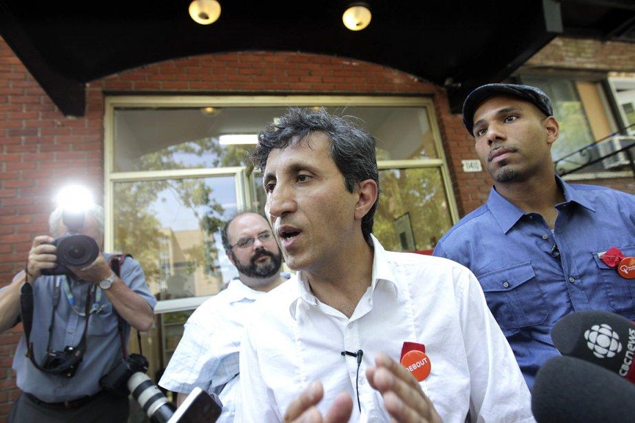 Amir Khadir présente le nouveau candidat dans Bourassa-Sauvé,... (Photo: Marco Campanozzi, La Presse)