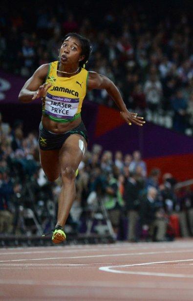 La Jamaïcaine Shelly-Ann Fraser-Pryce a conservé son titre de championne olympique du 100 m. | 4 août 2012