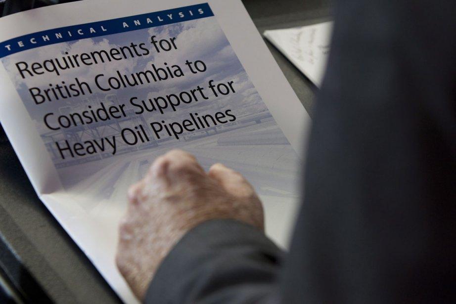 Plutôt que de faire passer le futur oléoduc... (Photo La Presse Canadienne)
