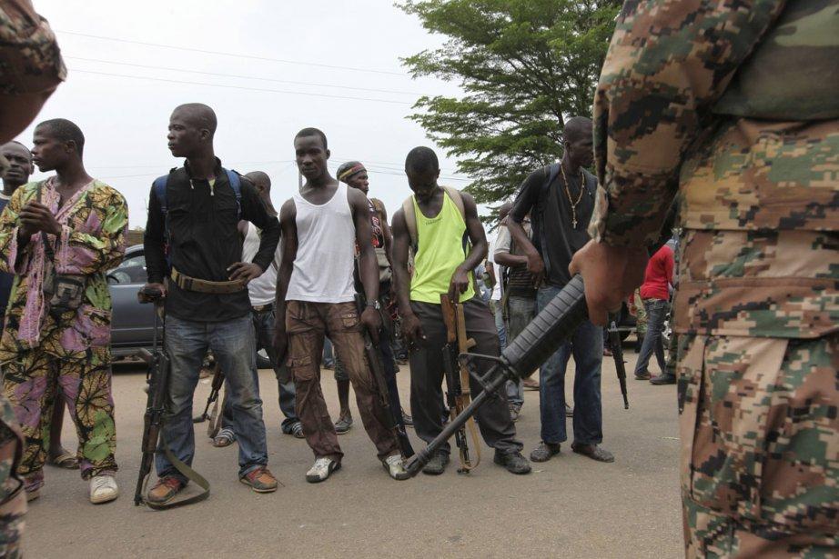Des militaires ont été abattus dans un arrondissement... (Photo Reuters)