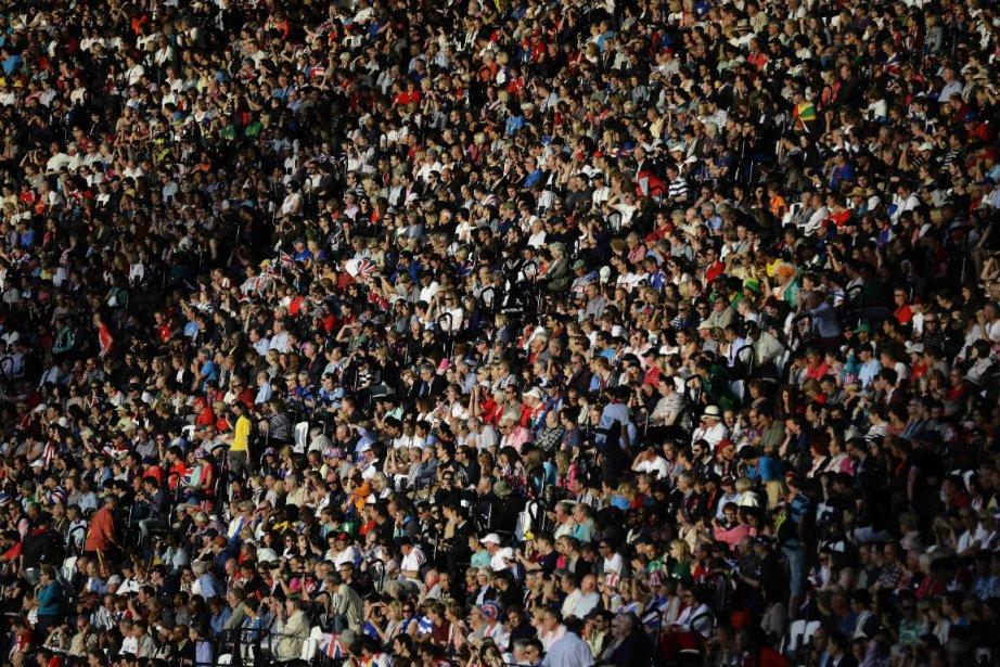La foule au stade olympique de Londres... (Photo Kevin Coombs, Reuters)