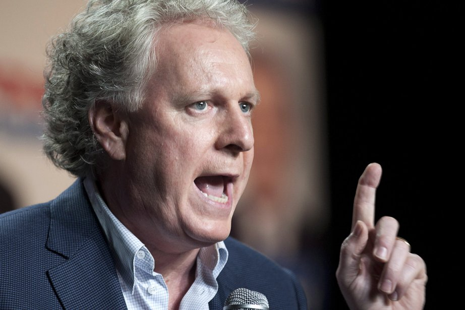Le premier ministre Jean Charest, photographié lors de... (Photo: PC)