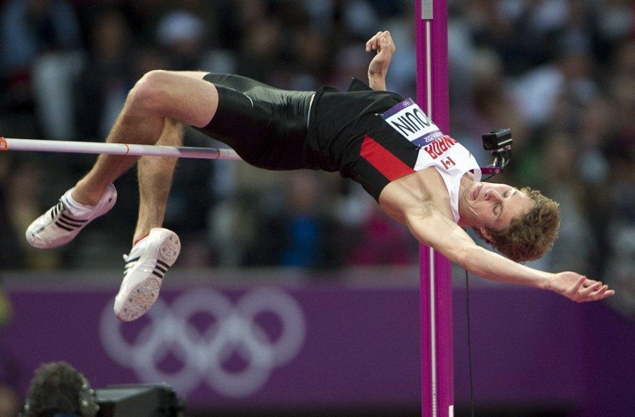Le Canadien Derek Drouin s'est qualifié pour la finale du saut en hauteur grâce à un bond de 2,29 mètres lors des qualifications. | 5 août 2012