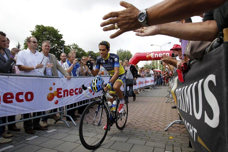 Alberto Contador... (PHOTO BAS CZERWINSKI, ASSOCIATED PRESS)
