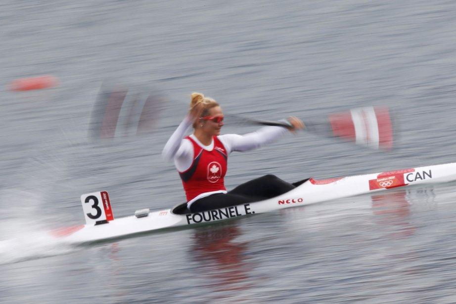 La kayakiste québécoise Émilie Fournel a pris le sixième rang de sa demi-finale de K-1 500 m. | 7 août 2012