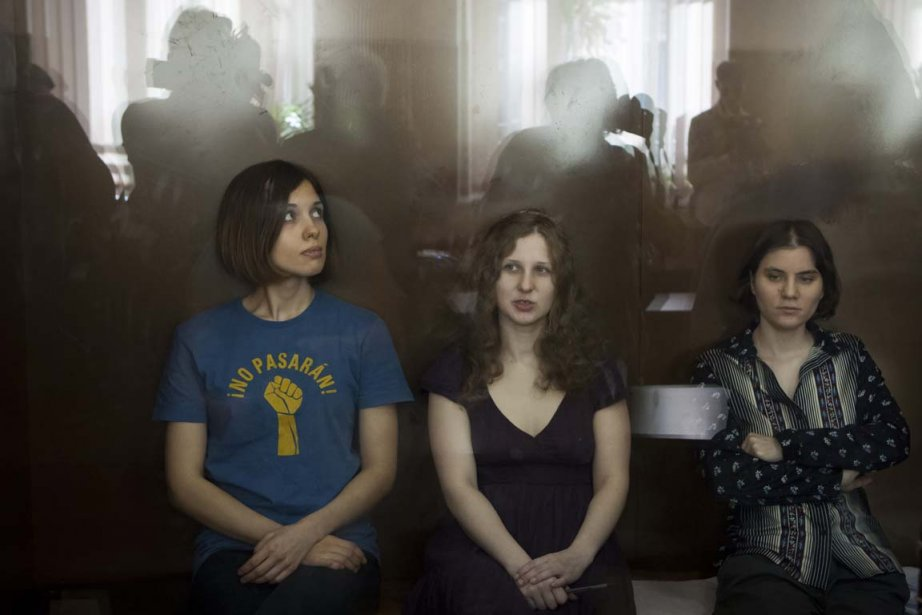 Les trois membres de la formation Pussy Riot:... (PHOTO ALEXANDER ZEMLIANICHENKO, ASSOCIATED PRESS)