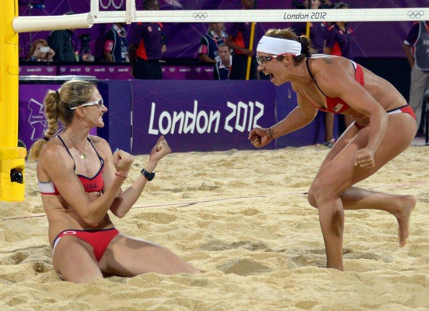 Misty May-Treanor et Kerri Walsh ont remporté la troisième médaille d'or olympique de leur carrière en volleyball de plage. | 8 août 2012