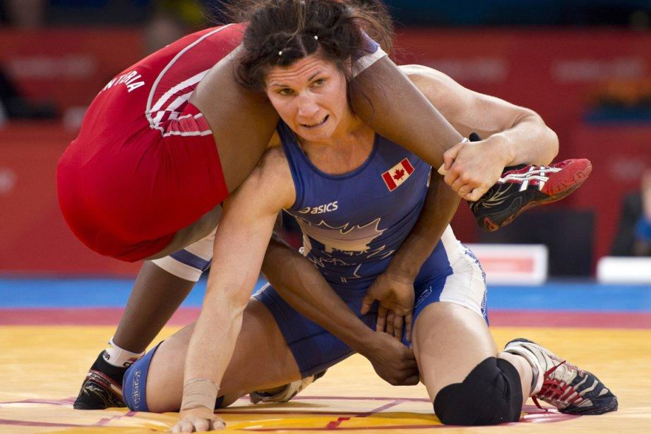 La lutteuse Tonya Verbeek a disposé de la Colombienne Castilloj Renteria en demi-finale. | 9 août 2012