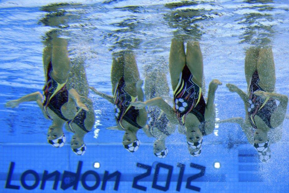 Les huit nageuses canadiennes n'ont pu faire mieux... (Photo: Bernard Brault, La Presse)