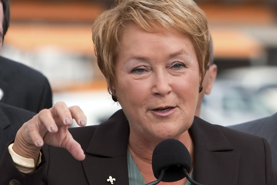 Pauline Marois a annoncé qu'un éventuel gouvernement du... (PHOTO CLÉMENT ALLARD, LA PRESSE CANADIENNE)