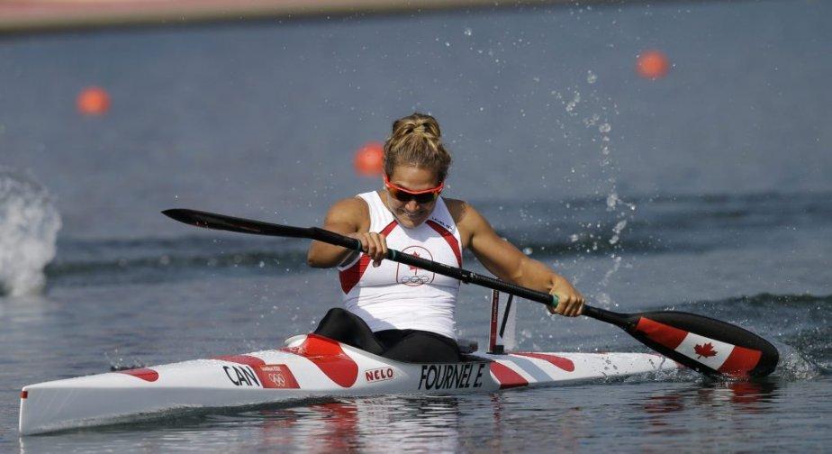 La Québécoise Émilie Fournel n'a pas réussi à se qualifier pour la finale en terminant septième en demi-finale du 200 m en kayak monoplace. | 10 août 2012