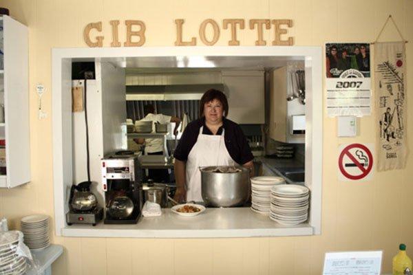 Colette Beauchemin, propriétaire du restaurant qui a vu... (Photo Maxime Dumont, URBANIA)