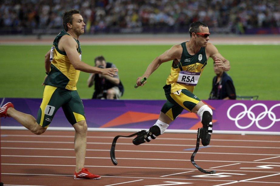 Oscar Pistorius et ses coéquipiers sud-africains ont pris... (Photo : Matt Slocum, Associated Press)