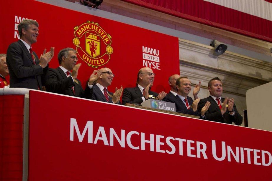 Des dirigeants de Manchester United ont fait résonner... (PHOTO ASSOCIATED PRESS)
