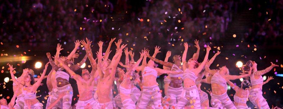 Plusieurs numéros de danse étaient à l'honneur lors de la cérémonie. | 13 août 2012