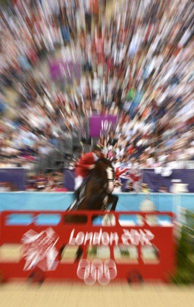 Le Suisse Steve Gerdat et sa monture Nino des Buissonnets ont remporté l?or en sports équestres. | 14 août 2012