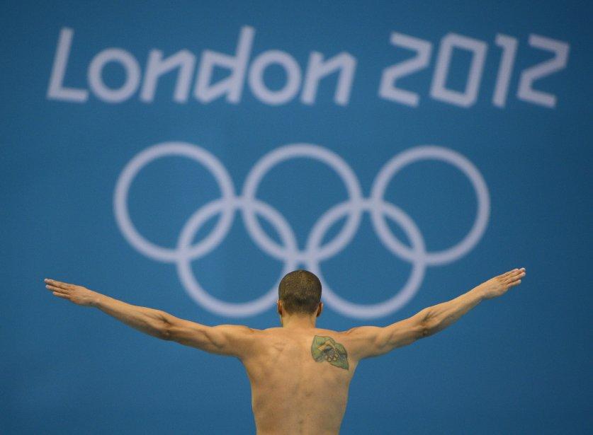Le plongeur Cesar Castro, du Venezuela, a terminé 14e au tremplin de 3m. On le voit alors qu?il s?apprête à exécuter son prochain plongeon. | 14 août 2012