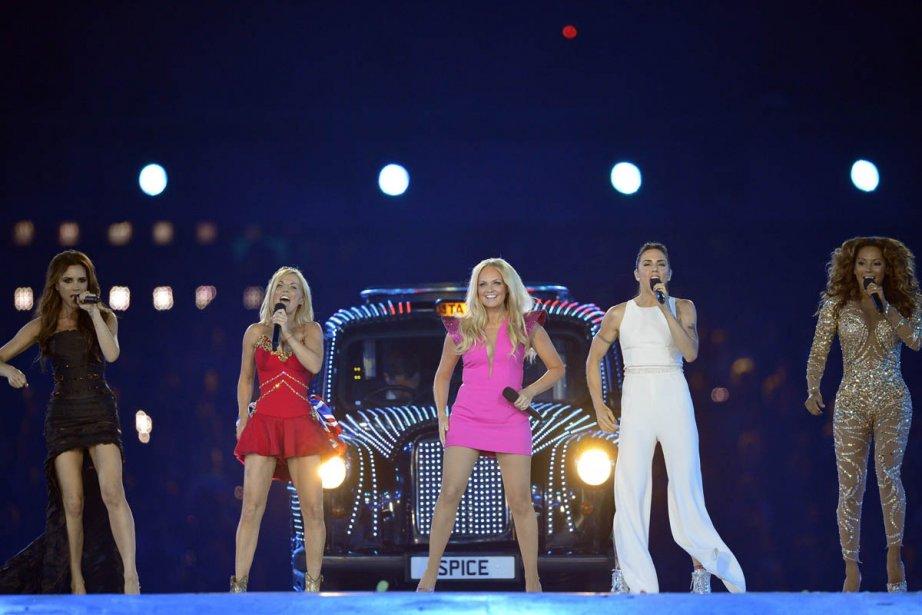 Les Spice Girls pendant leur performance aux Jeux... (Photo: AFP)