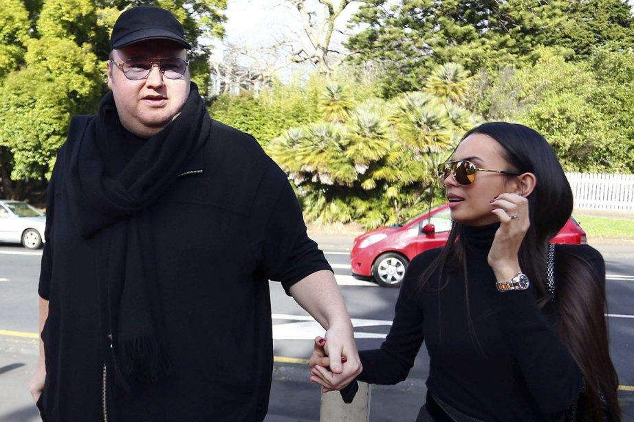 Kim Schmitz, fondateur de Megaupload, et sa femme... (PHOTO SIMON WATTS, REUTERS)