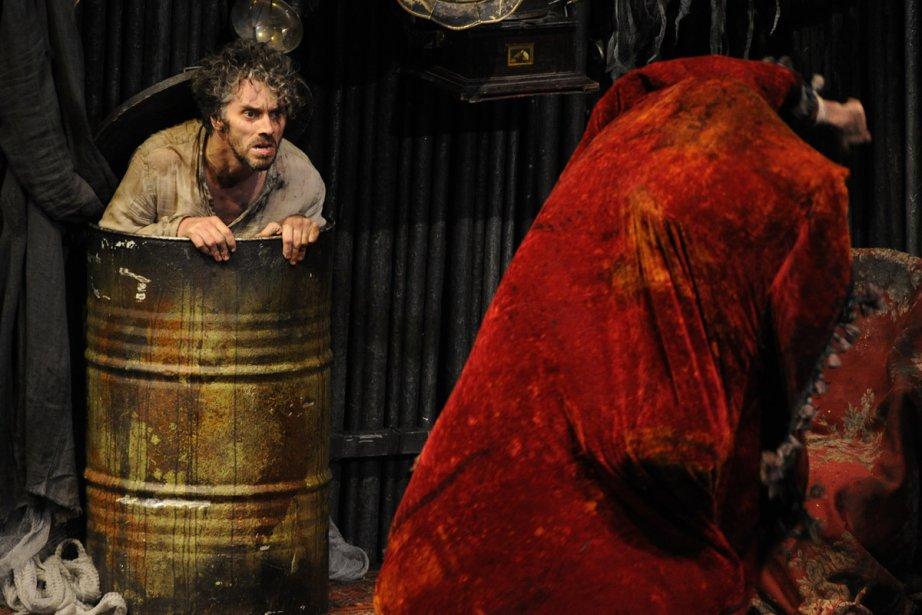 James Thierrée avait dû annuler son spectacle Raoul... (Photo: Bernard Brault, archives La Presse)