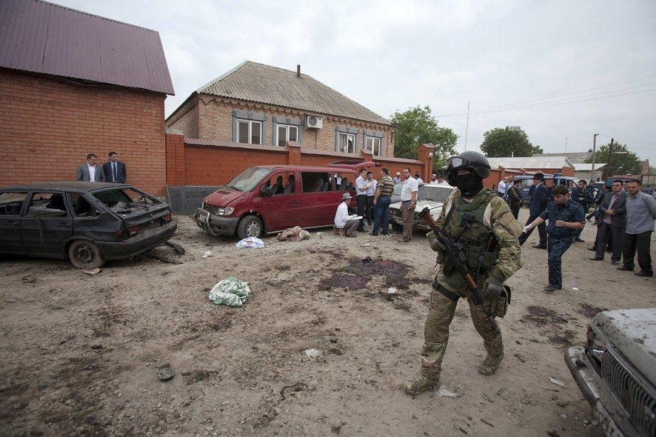 L'attentat suicide a tué au moins sept personnes... (Photo: Reuters)