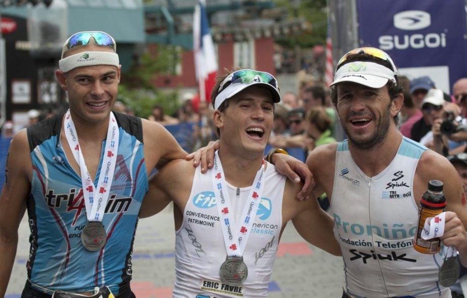 Le trio des vainqueurs : l'Américain Matthew Russel (3e), Romain Guillaume et l'Espagnol Alejandro Santamaria. | 19 août 2012