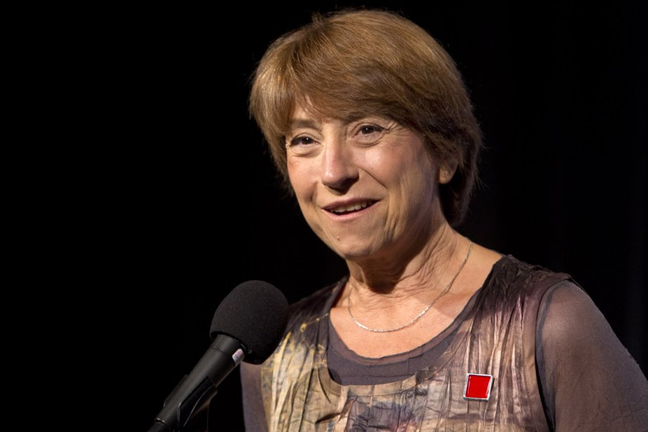La broche que porte Françoise David est une... (Photo: Robert Skinner, La Presse)