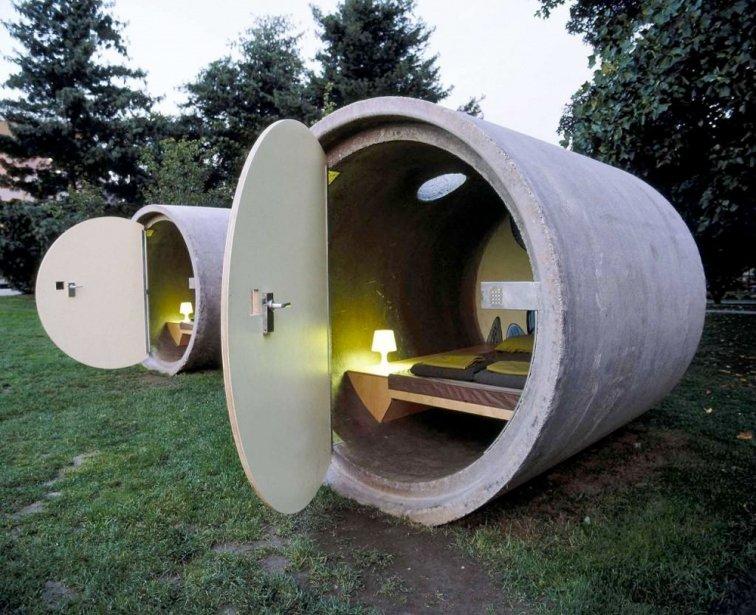 Das Park Hotel (Essen, Allemagne et Ottensheim, Autriche) Il ne faut pas être claustrophobe pour aller passer la nuit dans cet hôtel dont les chambres sont installées dans une ancienne conduite d'eau. Un bel exemple de récupération? | 22 août 2012