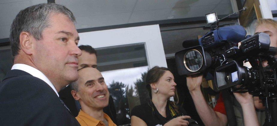 Le ministre de la Santé, Yves Bolduc, a effectué une... (Photo Michel Tremblay)