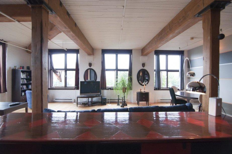 Un loft dans le coloniale val rie v zina collaboration for La salle a manger montreal