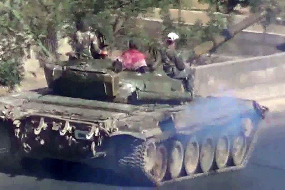 À Daraya, une localité de 200 000 habitants... (Photo: AFP/YouTube)