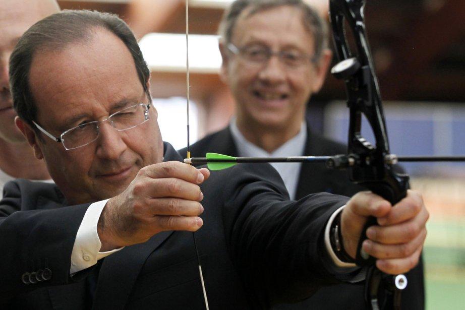 Les élus de droite et les entrepreneurs s'indignent... (PHOTO CHARLES PLATIAU, REUTERS)