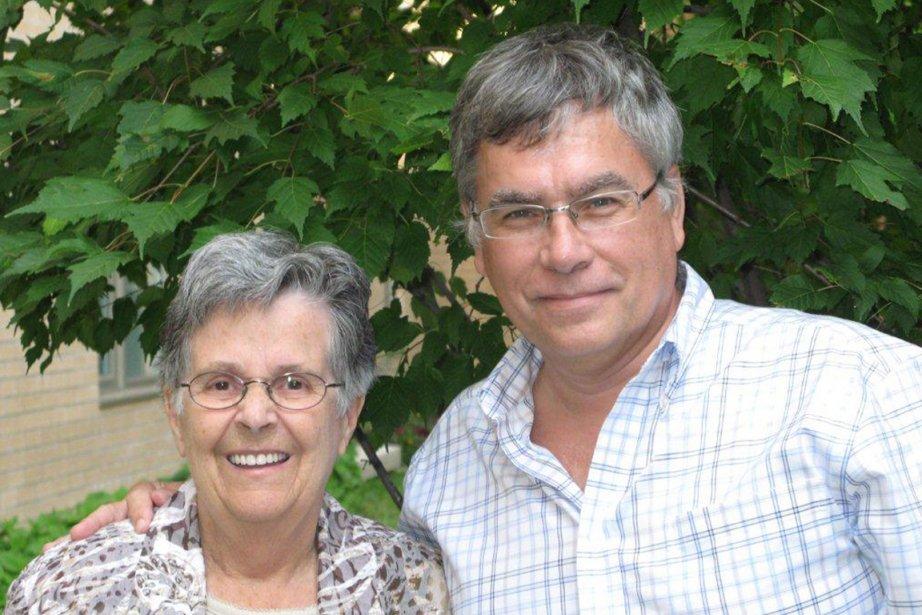 Pierre Auger en compagnie de sa belle-mère, Lise... (Photo fournie par Pierre Auger)