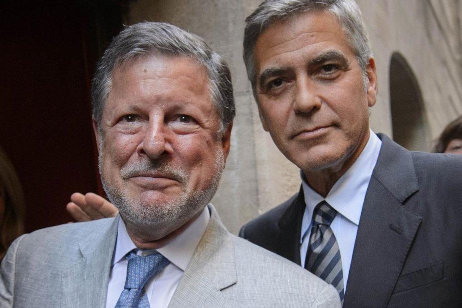 Charles Adams (à gauche), coprésident de l'organisation d'expatriés... (Photo: AFP)
