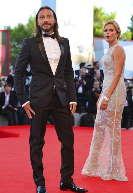 Le DJ français Bob Sinclar en compagnie de l'actrice italienne Isabella Ferrari | 30 août 2012