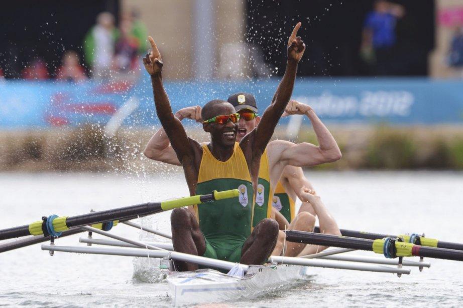 Sizwe Ndlovu, le seul Noir ayant décroché l'or,... (Photo : Damien Meyer, Reuters)