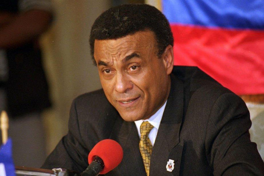 Smarck Michel, ancien premier ministre d'Haïti, est décédé... (PHOTO ARCHIVES AP)