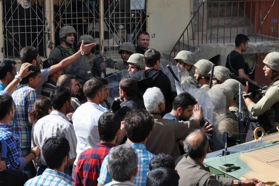 Les heurts dans la localité de Beytüssebap, qui... (Photo Agence France-Presse)